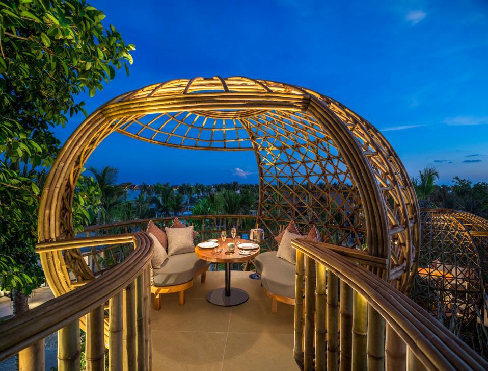 Waldorf Astoria Maldives Ithaafushi, Maldives resorts