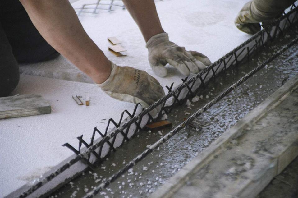 Installing C-GRID - carbon fiber reinforced concreted