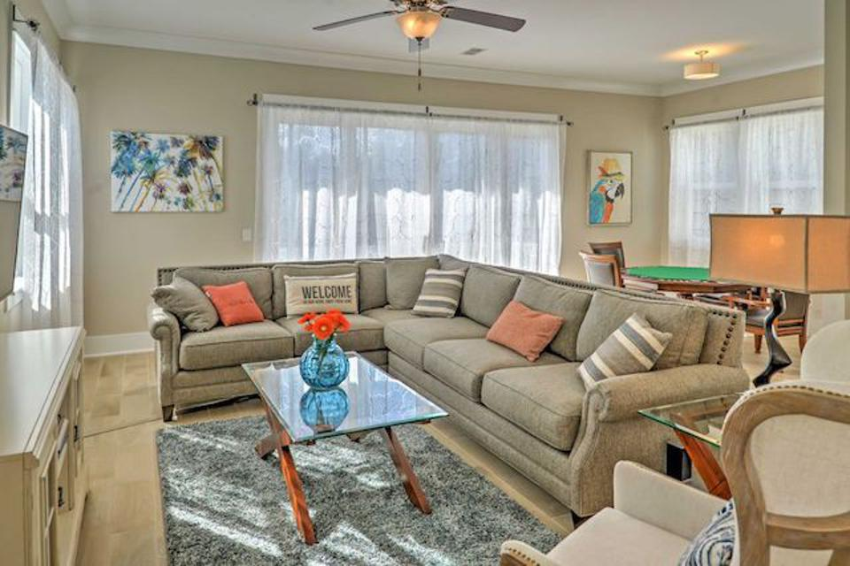Light-filled family room in this Myrtle beach property