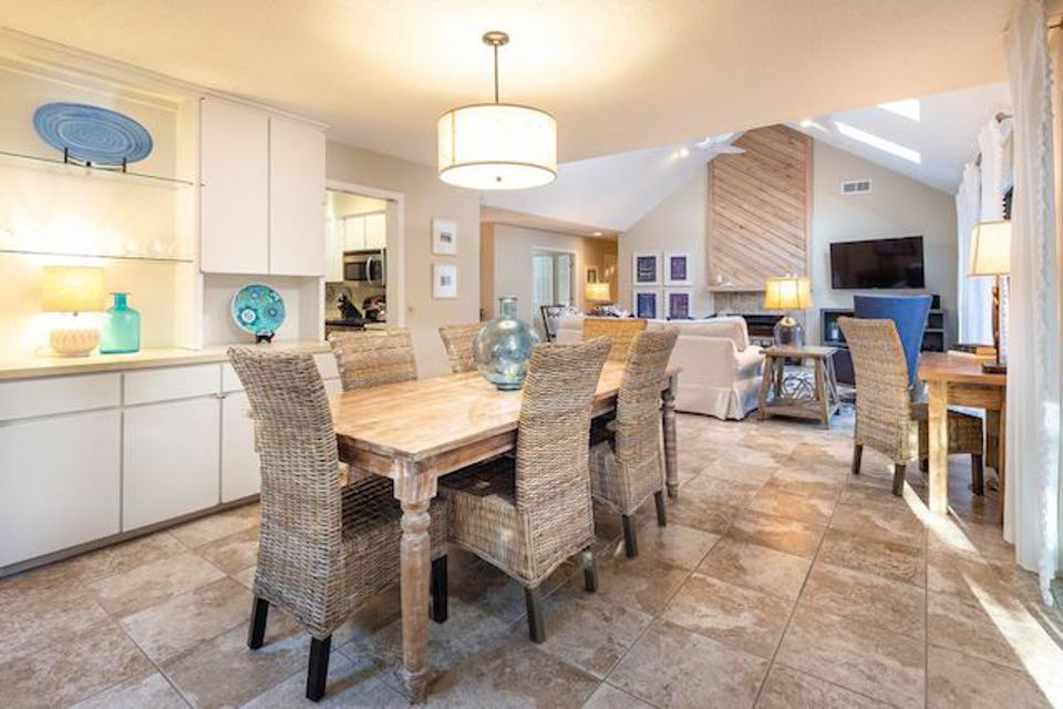 BESTNEST in Hilton Head has an open layout perfect for entertaining