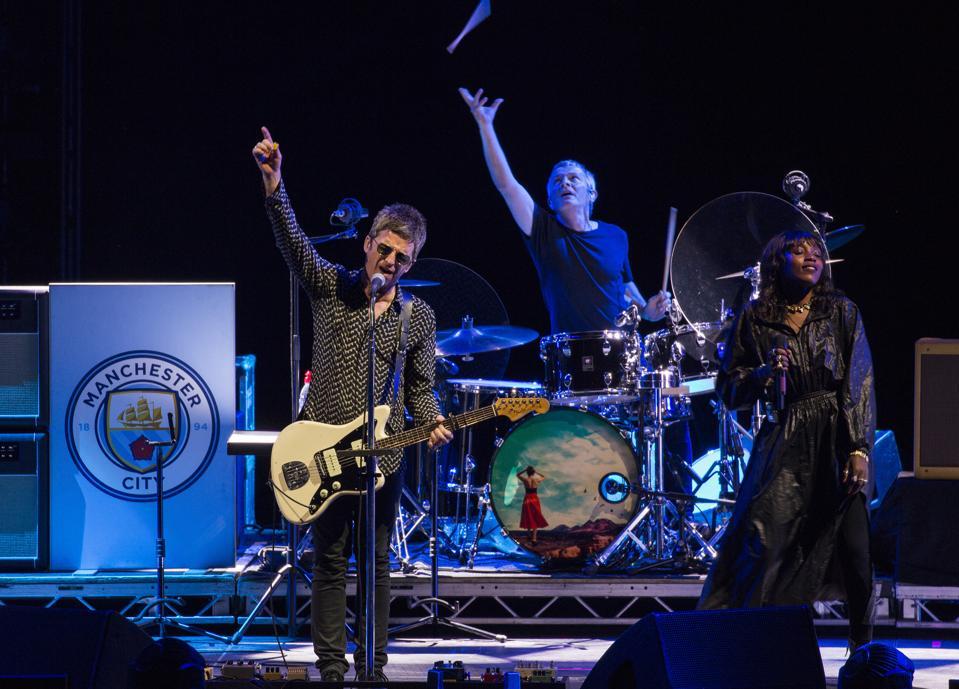 Noel Gallagher的高飞鸟在好莱坞赌场圆形剧场演出。 2019年8月15日星期四,伊利诺伊州廷利公园(摄影:Barry Brecheisen)