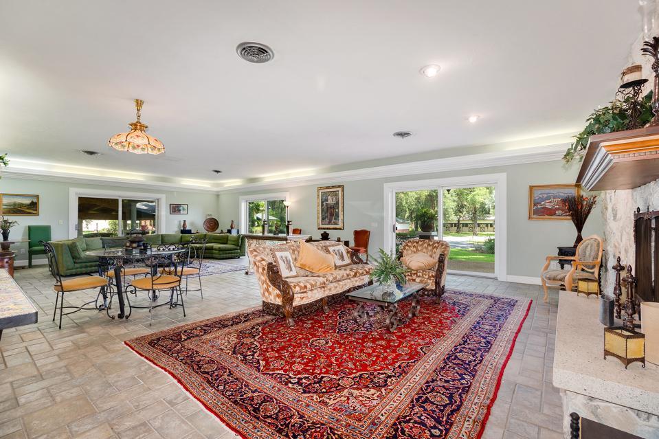 Vanderbilt mansion living room