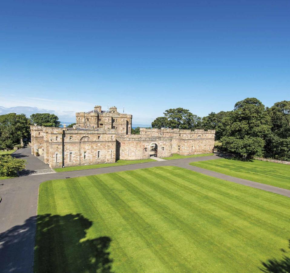 Seton Castle gardens