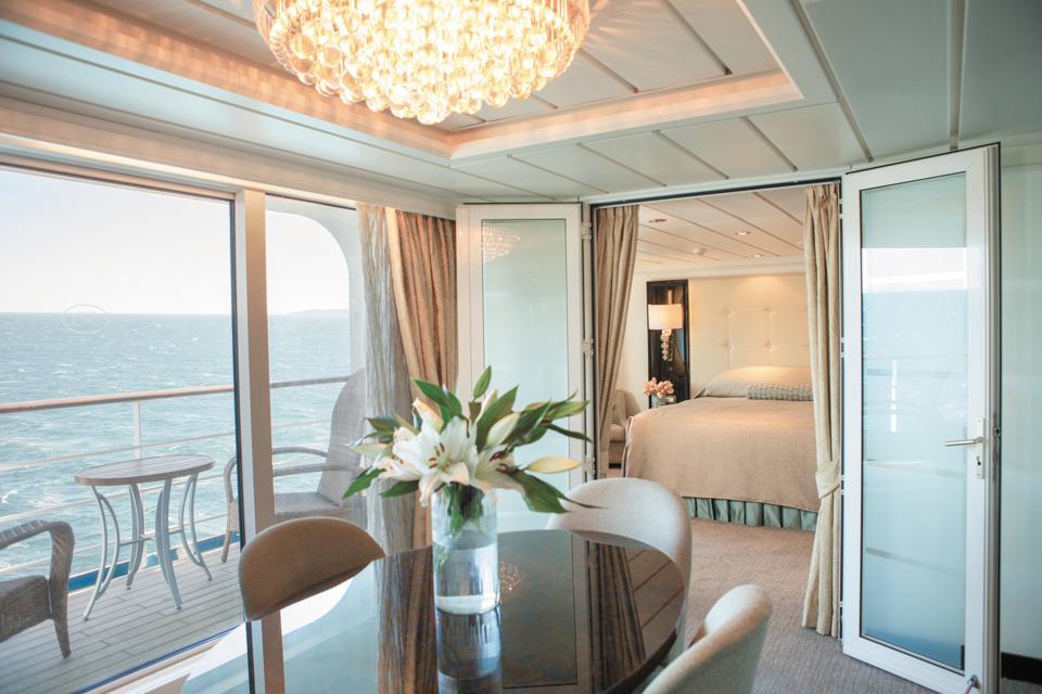 Regent Mariner Suite