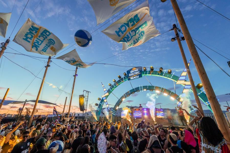 Inside Corona Electric Beach At Breakaway Music Festival Columbus