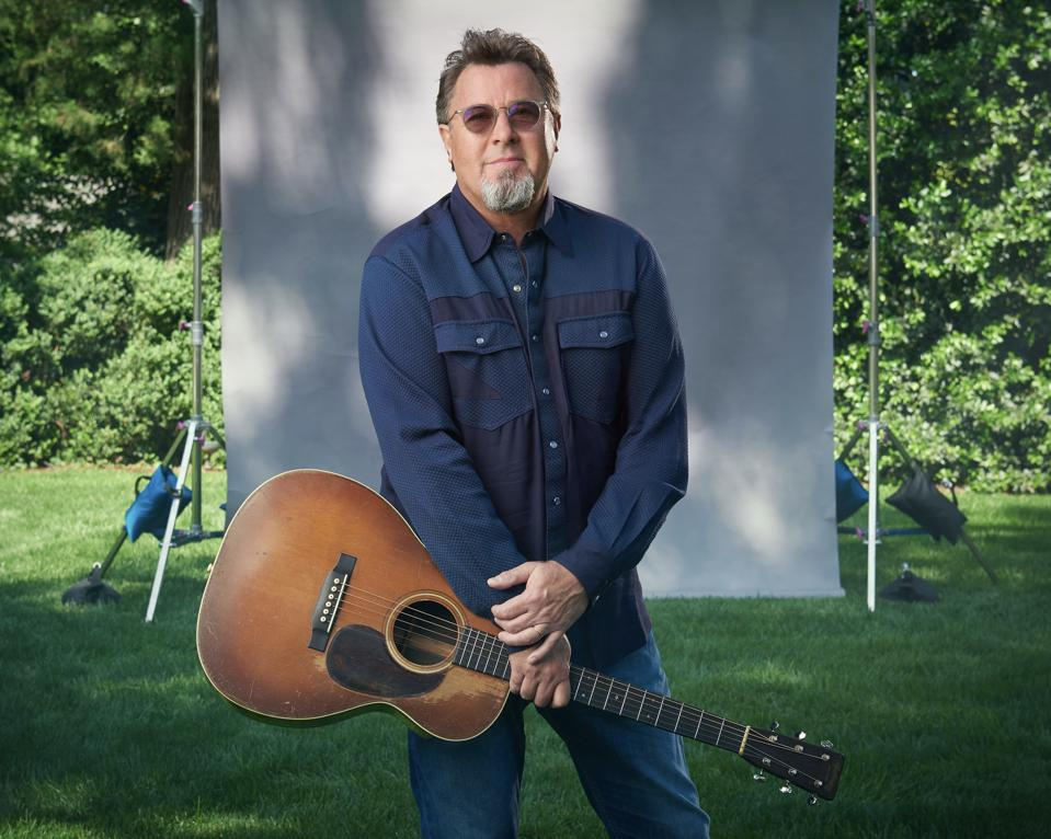 vince gill on touring with the eagles truth in a song his new album okie. Black Bedroom Furniture Sets. Home Design Ideas