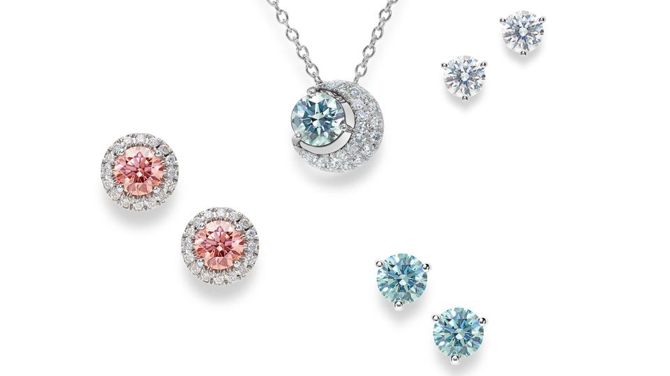 Lightbox Jewelry collections come in white, pink and blue diamonds.