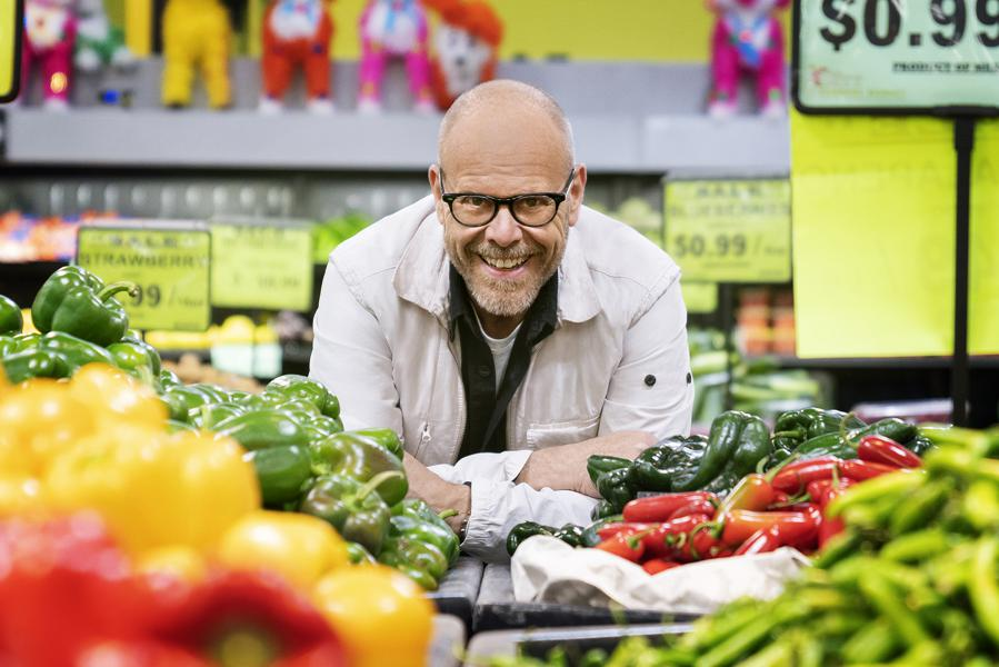 Science And Storytelling On Alton Brown's Good Eats: The Return