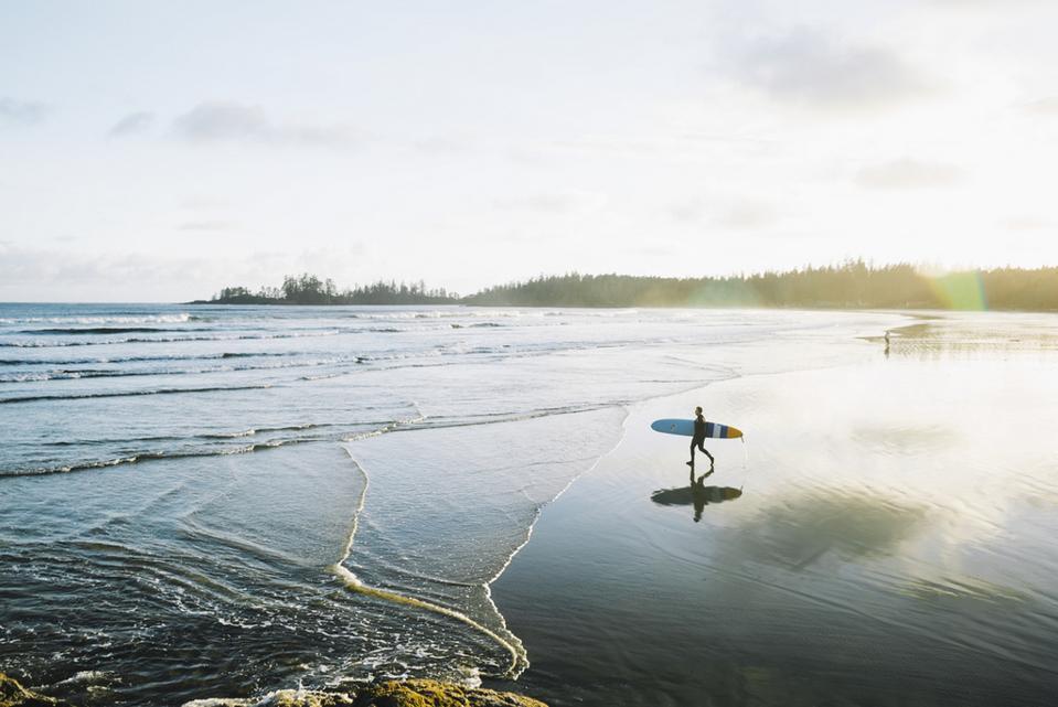surfers tofino