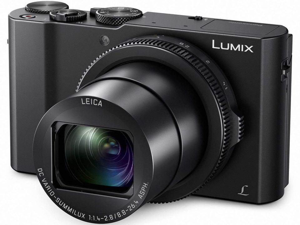Lumix LX10 pocket camera