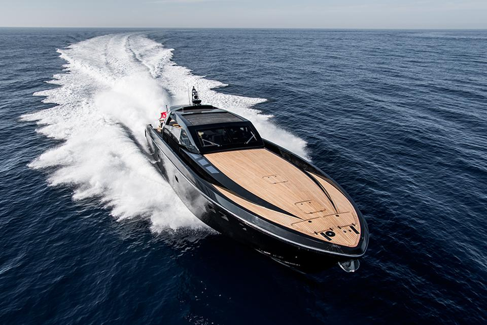 Exclusive Photos Reveal The Ultimate James Bond Boat