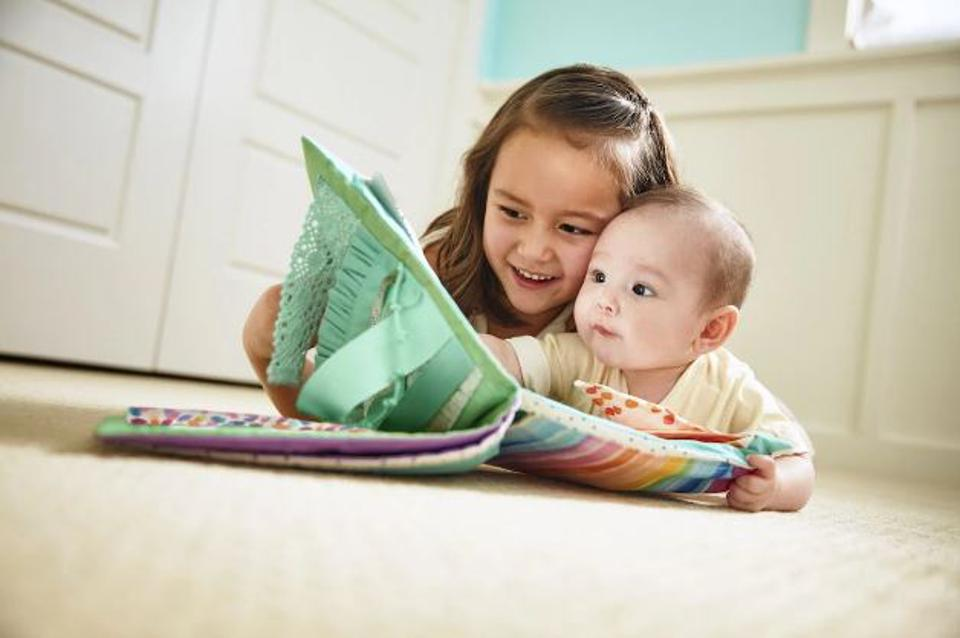 The 5 Best Montessori Toys For Babies