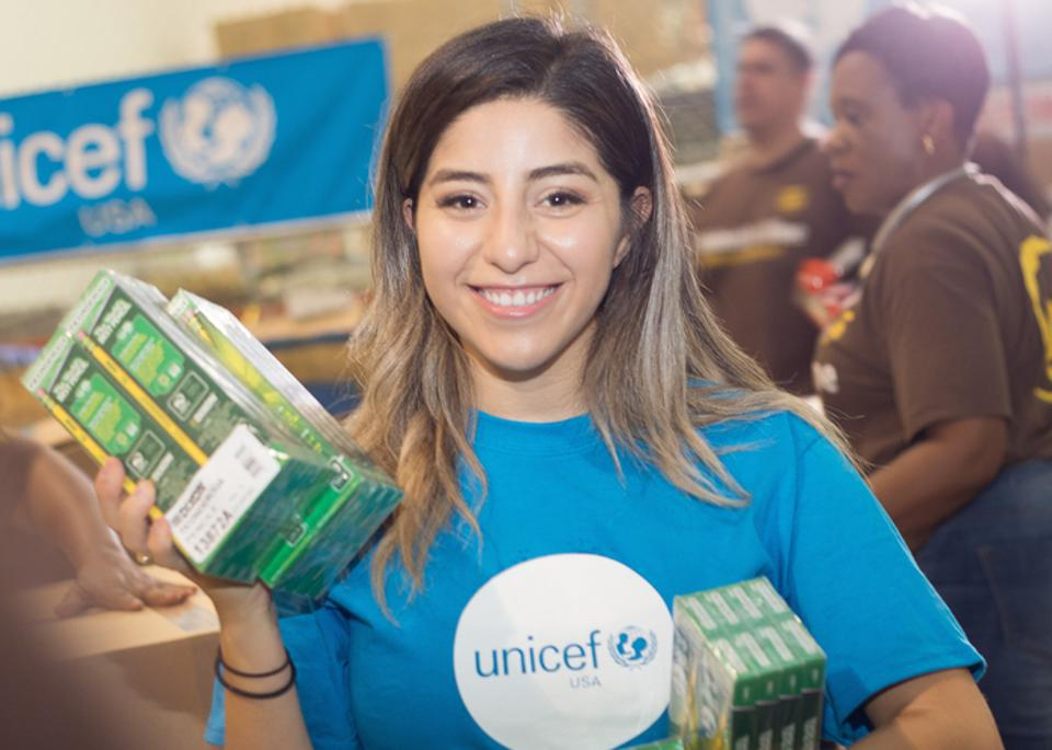 Houston teacher Jackie Garcia, a UNICEF volunteer since 2010, helped prepare kits full of educational supplies for children and teachers in the Houston area after Hurricane Harvey.