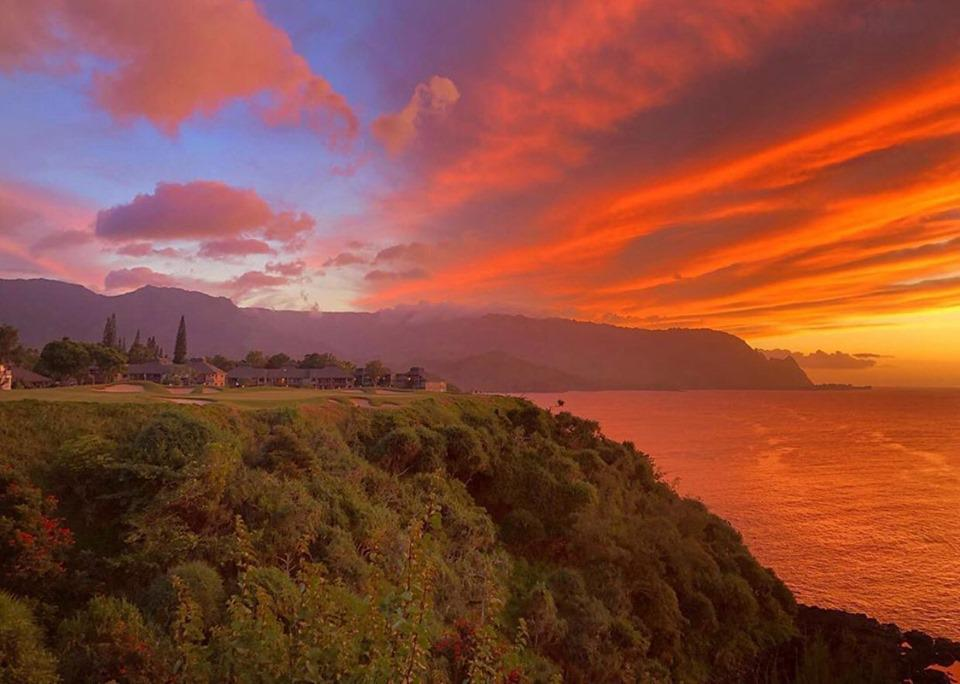 Princeville Makai Sunset Golf Cart Tour