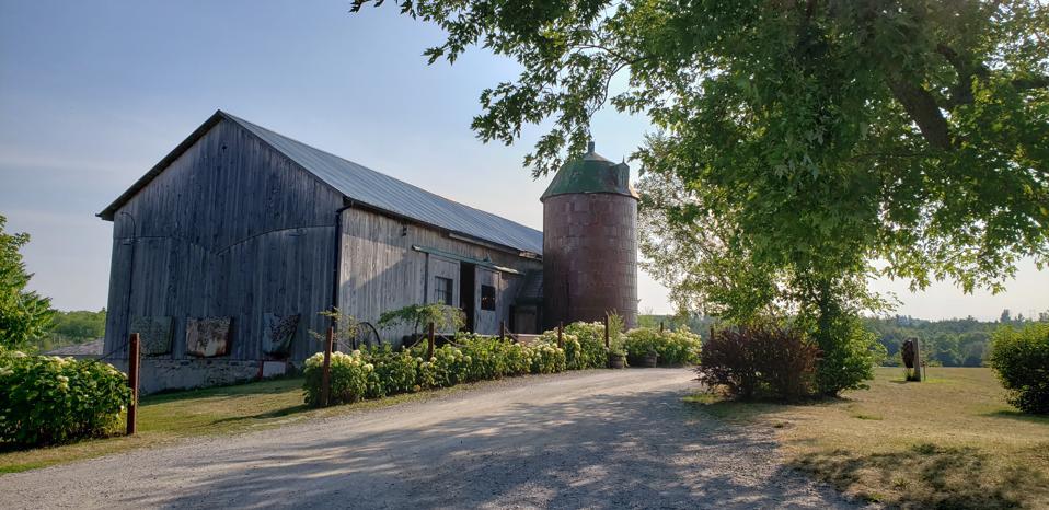 Sound Pond Farms, Ontario