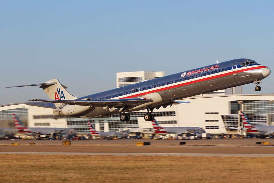 As American Airlines Retires Its MD-80s, Can Its Proud Heritage Obscure Its Summer From Hell?