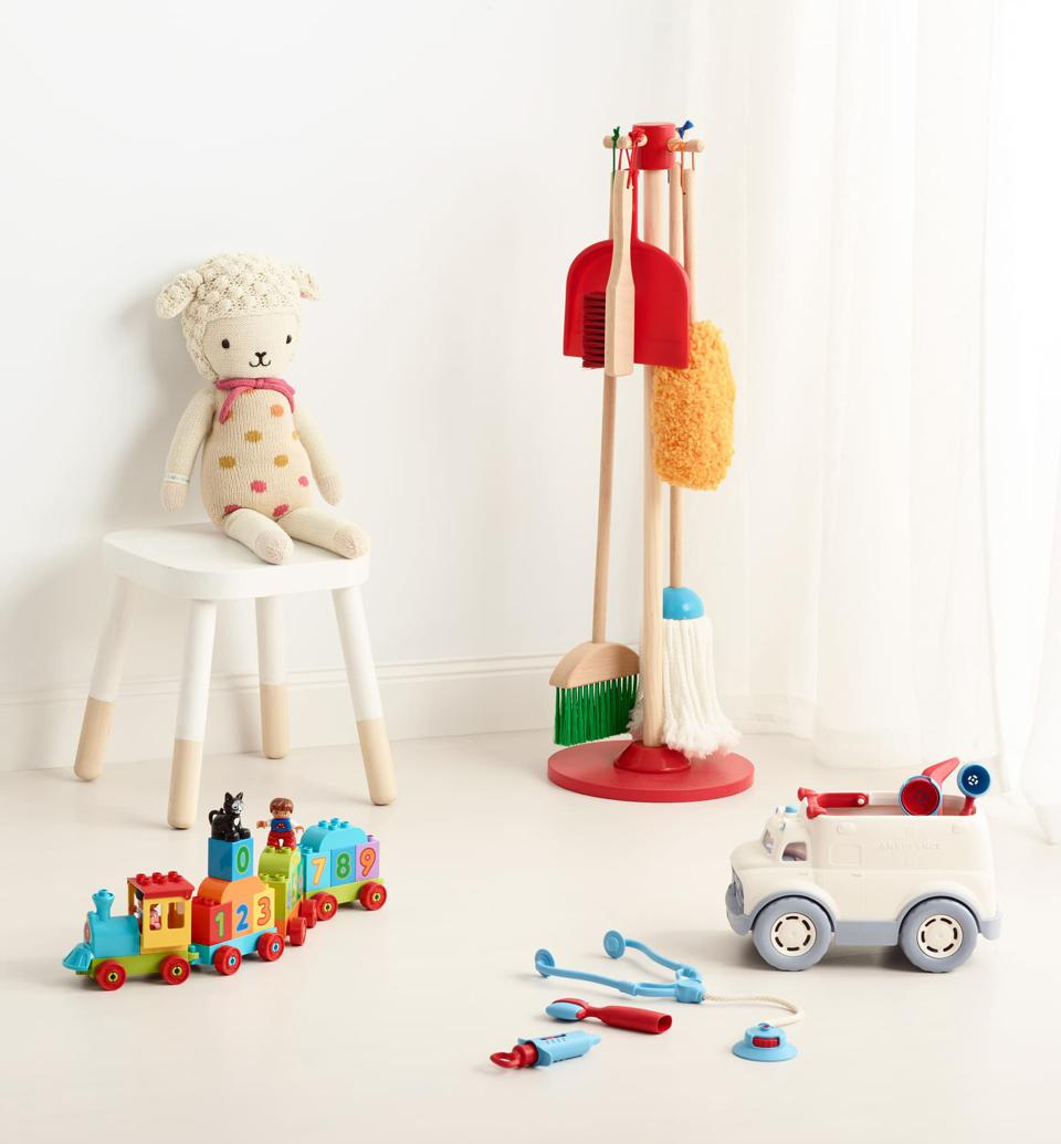 The Best Montessori Toys For Toddlers 8 Gifts To Prep