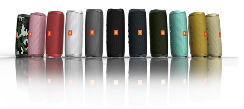 The New JBL Flip 5 Sounds Great    But Can It Get The Party