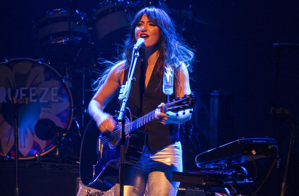 KT Tunstall performs as the opening act for Squeeze. Saturday, August 31, 2019 at Chicago Theatre (Photo by Barry Brecheisen)