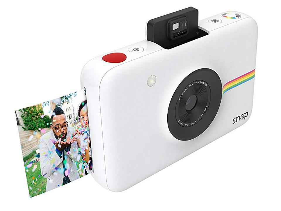 The Polaroid Snap is the perfect social camara for kids (or adults).