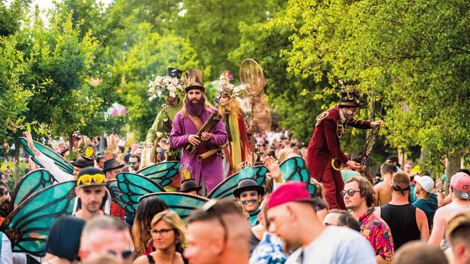 Entertainers at Tomorrowland