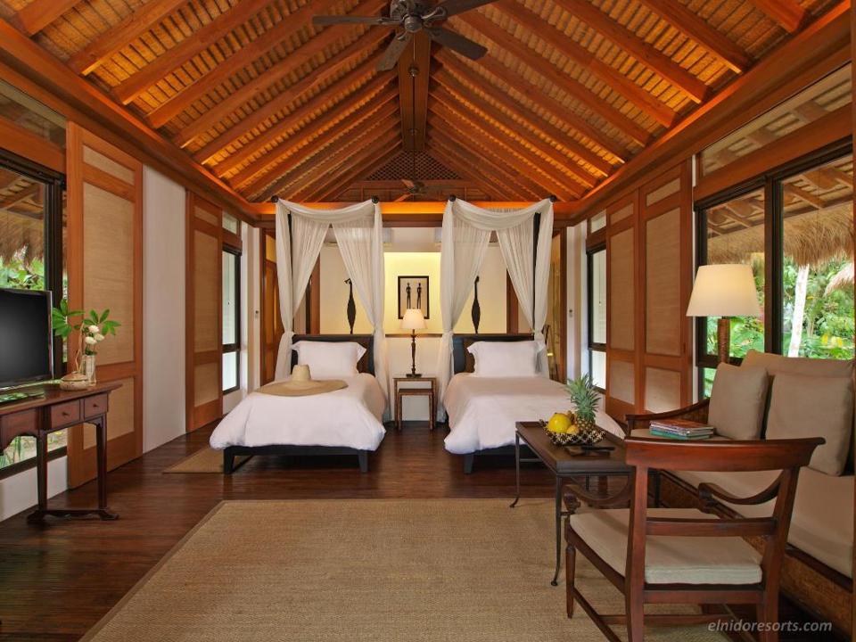 Canopy Villa at Pangalusian Island