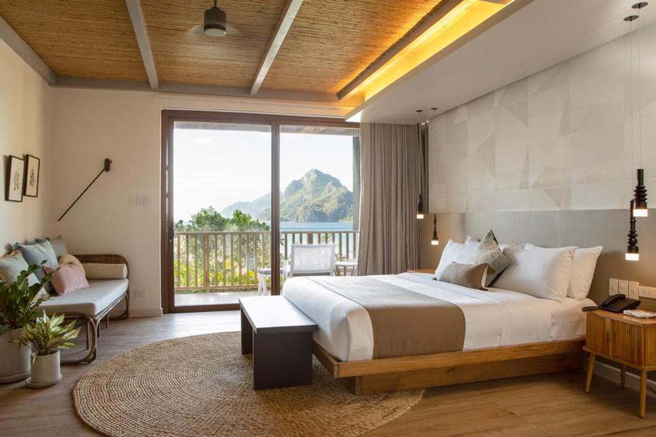 Stylish and spacious suites at Maremegmeg Beach Club