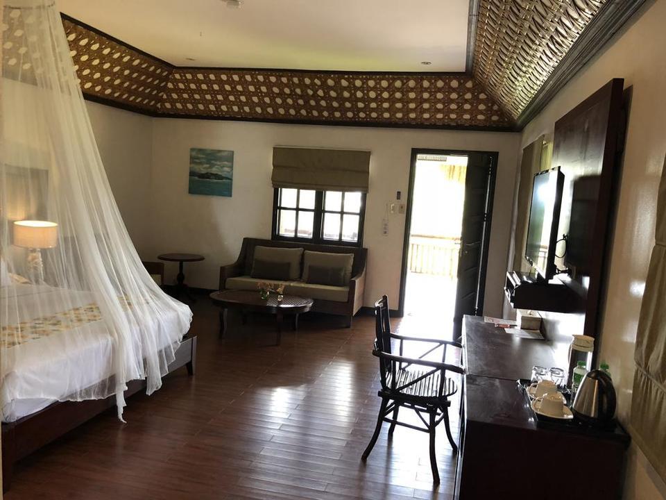 Spacious suites at Club Agutaya