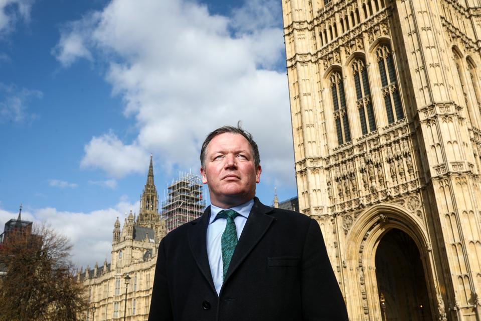 """British MPs Demand Loot Box """"Gambling"""" Ban For Young Gamers"""