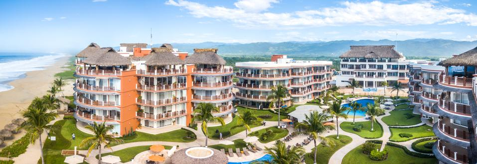 Vivo Resorts is located just an hour's drive north of Huatulco, an emerging part of Mexico that has remained almost untouched by large-scale real estate development.