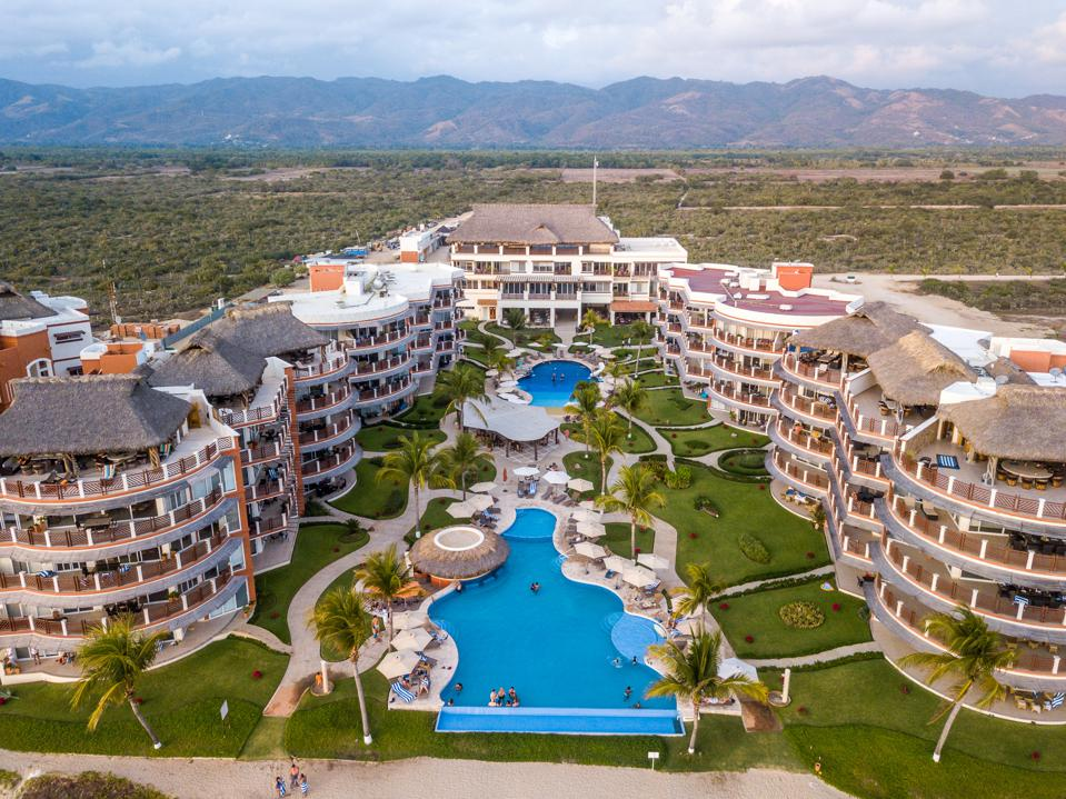 Vivo Resorts operates by a non-speculative and non-leveraged business model which means there is no bank involvement or private investor financing. This eliminates cash flow concerns and the risks of insolvency.