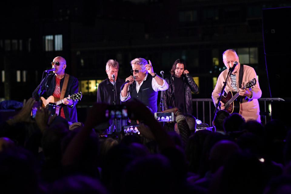 The Who performs at the brand new headquarters of the Pace Gallery in Chelsea.