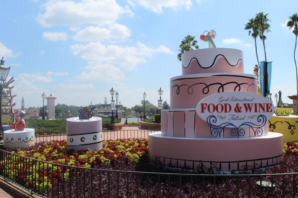 Must Try Dishes From Disney S Epcot Food Wine Festival 2019