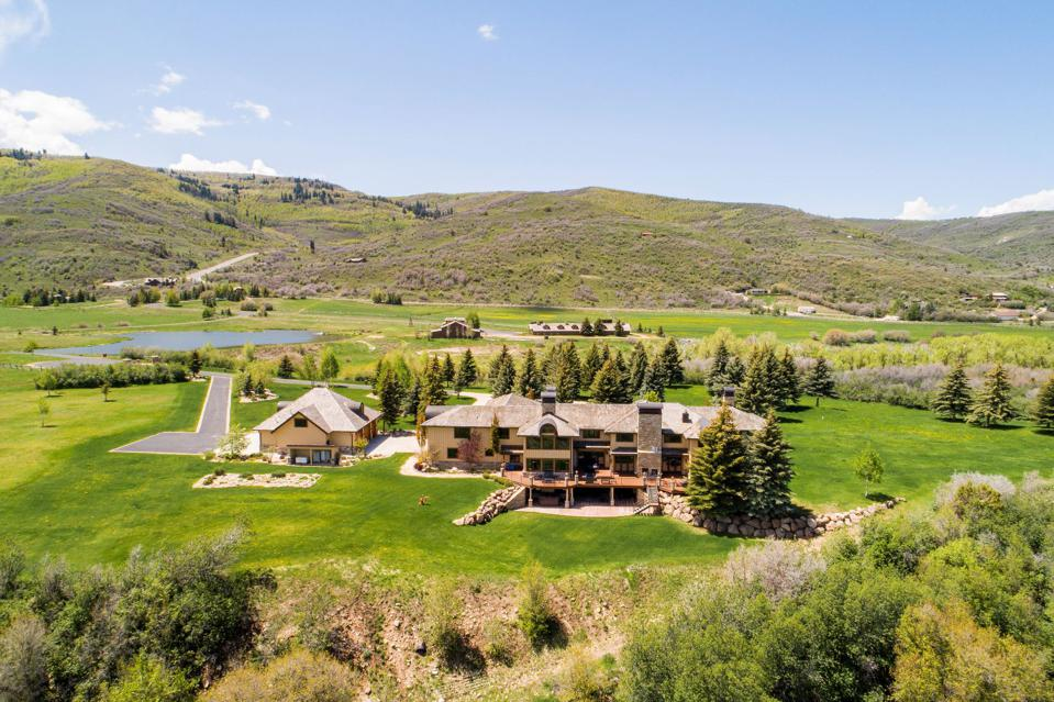 200,683-Acre Ranch With Estate Once Owned by Mrs. Fields Cookies Founder Is On The Market For $45 Million