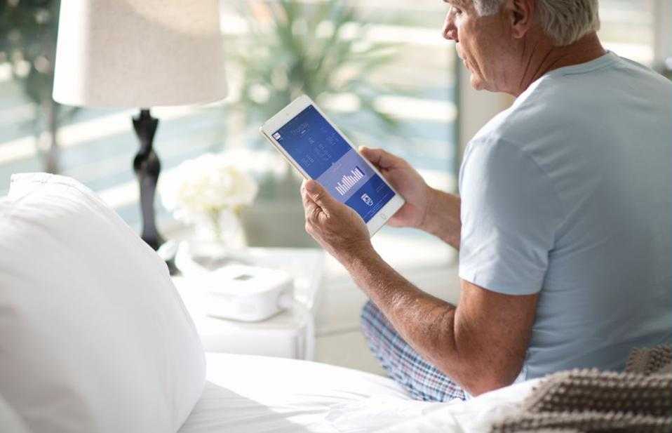 With the latest Philips monitoring tools, patients with sleep apnea can be better supported and be more therapy compliant.