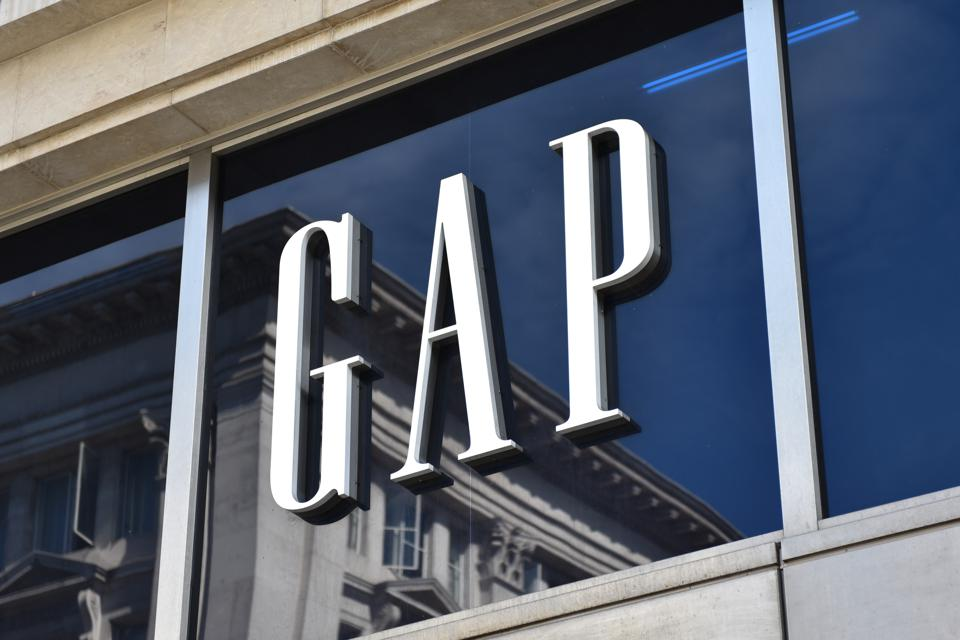 Gap's 'Conscious Uncoupling' From Old Navy Comes With An Expensive Price Tag