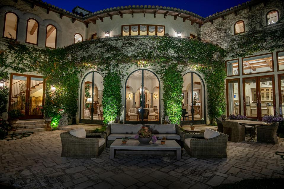 Boxing Legend Sugar Ray Leonard Lists $52 Million Home In Los Angeles