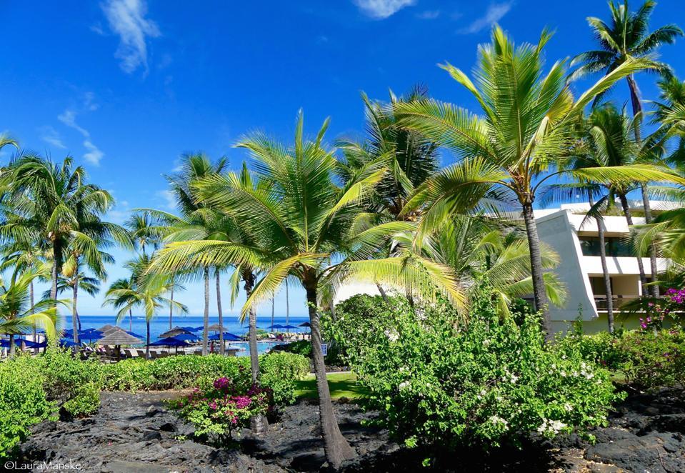 Sheraton Kona Resort & Spa v zálive Keauhou