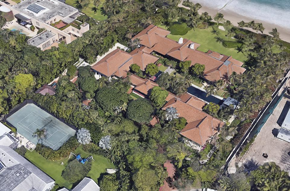 An overhead view of Griffin's latest Palm Beach purchase