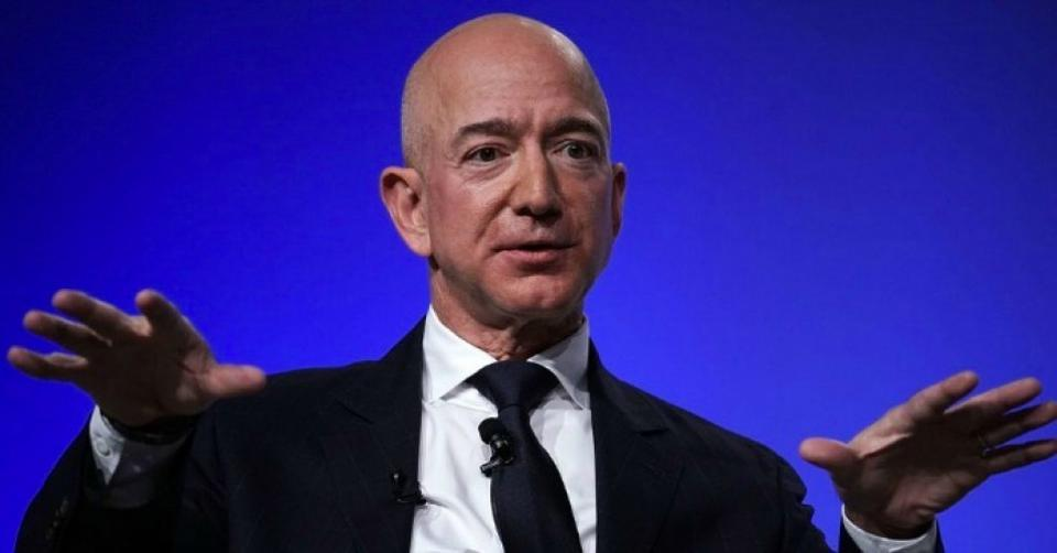 It's reported that Jeff Bezos makes between $4.5 million and $9 million an hour