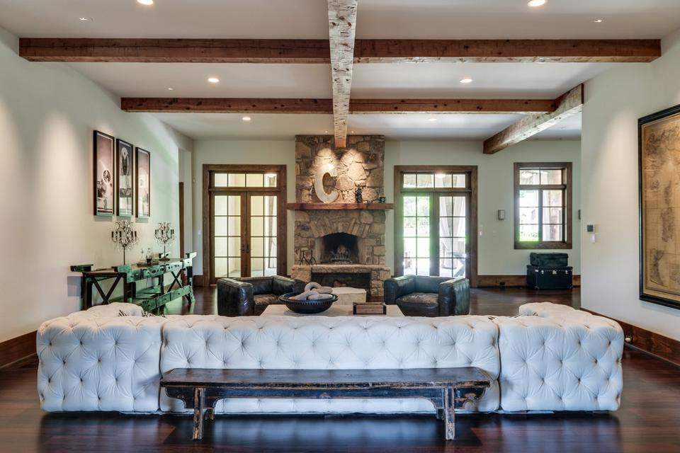 Kristin Cavallari and Jay Cutler family room
