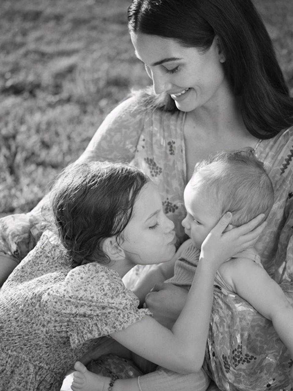 Lily Aldridge with her children