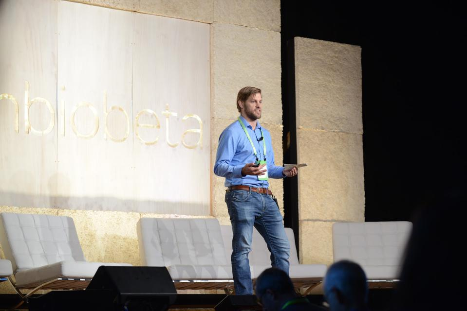 Zack Abbott at the SynBioBeta Conference in 2018