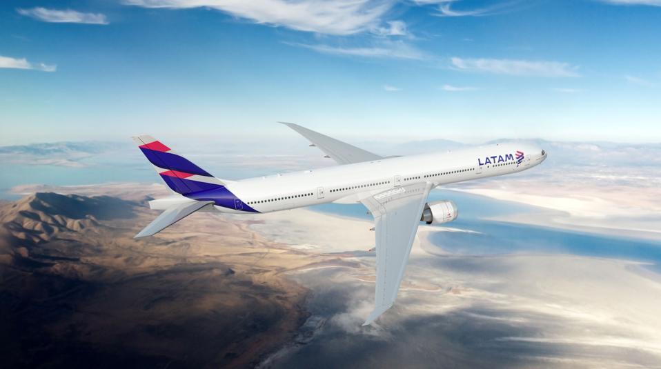 LATAM Boeing 777