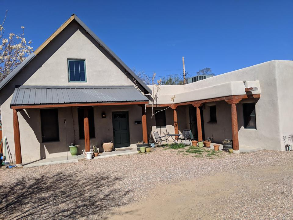The author's recent vacation rental in Santa Fe, New Mexico.