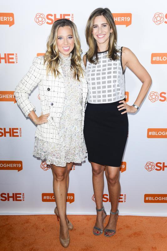 Danielle Wesiberg un Carly Zakin # BlogHer19 veidotāju samitā