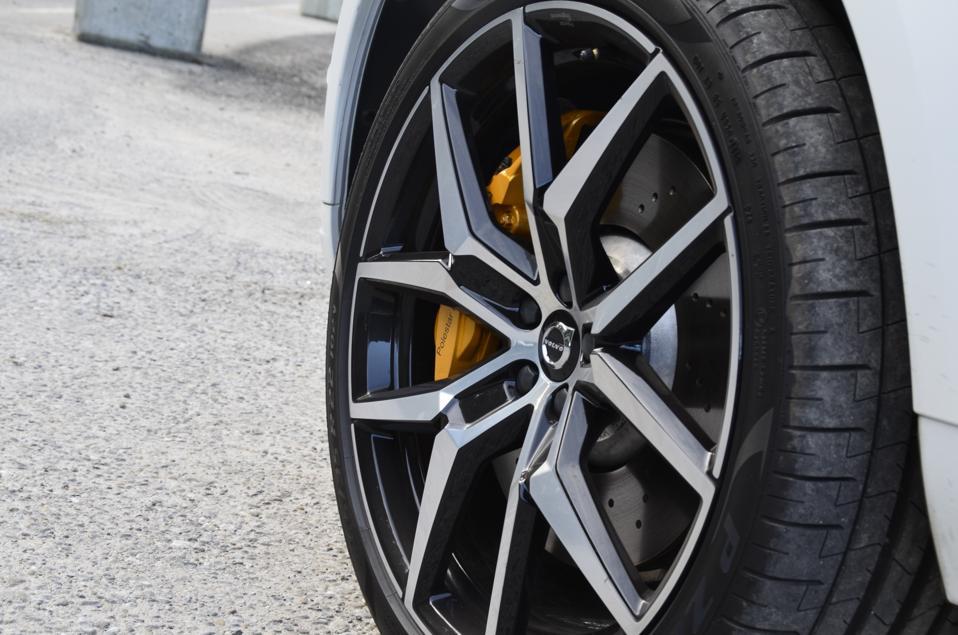volvo u2019s hottest new models for 2020 - v60  xc60  xc90