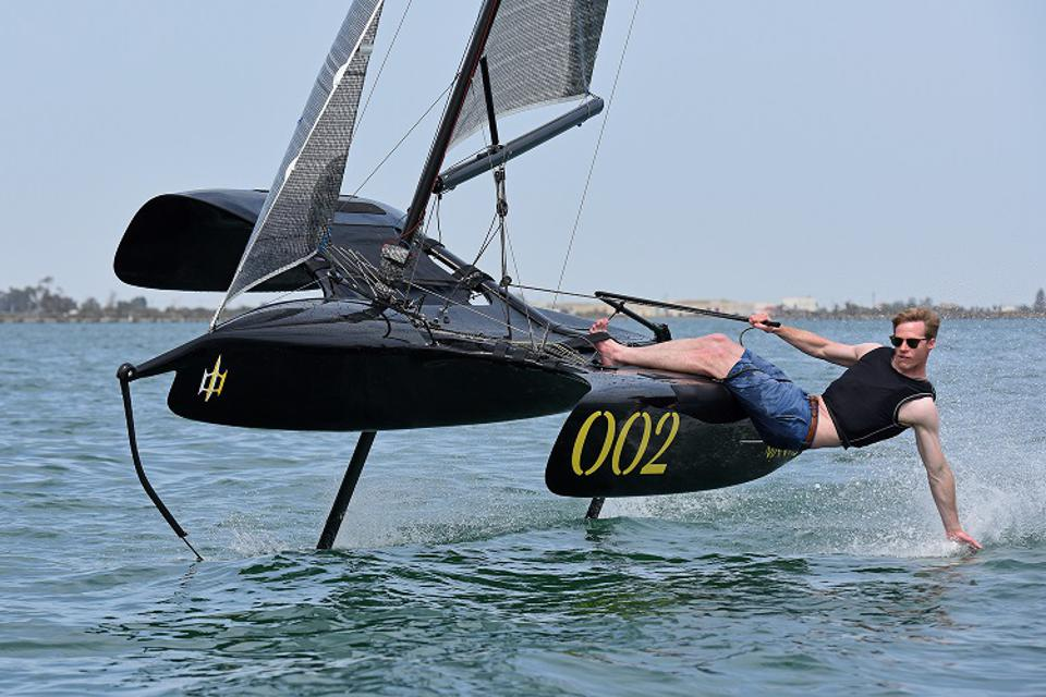 Flying Mantis airborne foiling