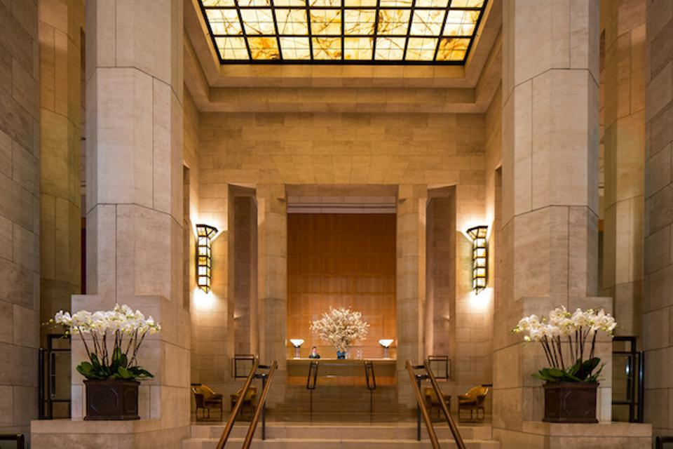 Lobby of the Four Seasons Hotel New York