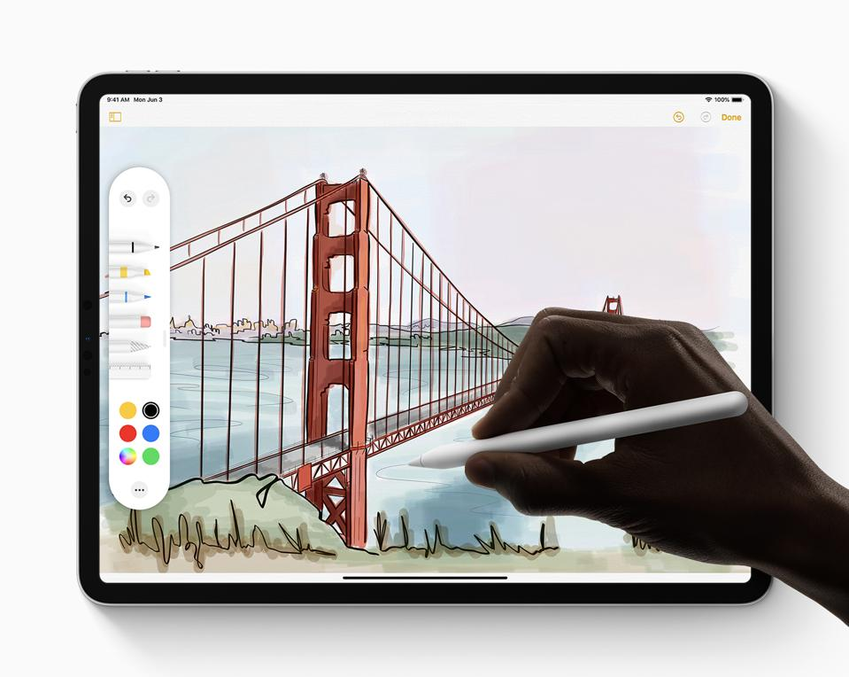 Apple_iPadOS_Apple-Pencil_060319
